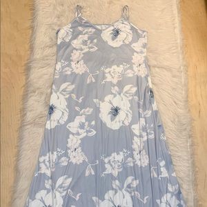 Floral Spaghetti Strap Nightgown with Pockets